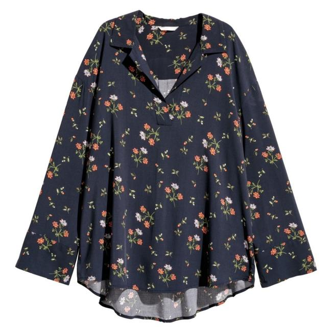 Preload https://img-static.tradesy.com/item/23999689/h-and-m-navy-blue-floral-blouse-size-0-xs-0-0-650-650.jpg