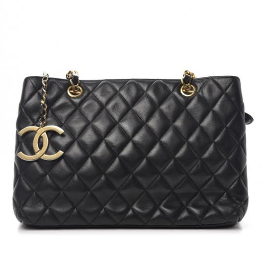 Preload https://img-static.tradesy.com/item/24000046/chanel-shopping-tote-quilted-black-lambskin-leather-tote-0-0-540-540.jpg