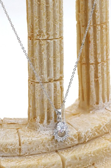 Ocean Fashion Sterling silver crystal delicate clavicle necklace