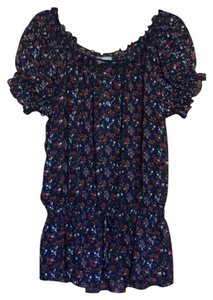 NY Collection Top navy w/red, white flowers