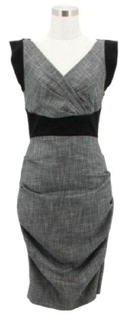 Item - Gray A2 Designer Solid Bodycon Waisted Mid-length Formal Dress Size 6 (S)