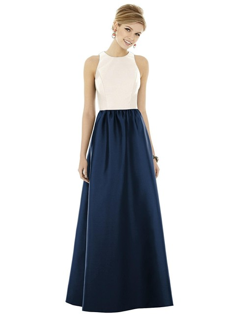 Item - Ivory Top with Midnight Skirt D707 Traditional Bridesmaid/Mob Dress Size 4 (S)
