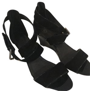 Johnston & Murphy black suede trimmed in black patent leather Wedges