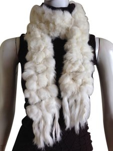 Lorenzo Lorenzo 100% Rabbit Fur White Pom Pom Italian Made Scarf