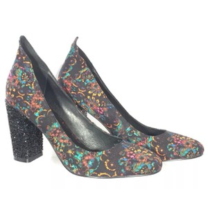 Tracy Reese Multi Pumps
