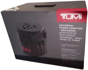 Tumi NWT $95 in box Tumi universal power adapter