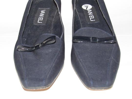 Vaneli Dressy Or Casual 40's Rockabilly Look Kitten Heels Leather/Patent Bow Accents dark navy color over leather and patent leather Pumps Image 11