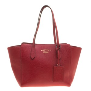 Gucci Leather Canvas Tote in Red