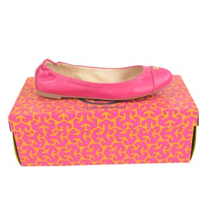 Tory Burch Ballet 6 Slip On Leather Carnation Red Flats