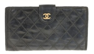 Chanel Chanel Diamond Quilted Leather Portefeuille Wallet