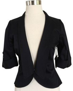Jameson Cropped Black Blazer