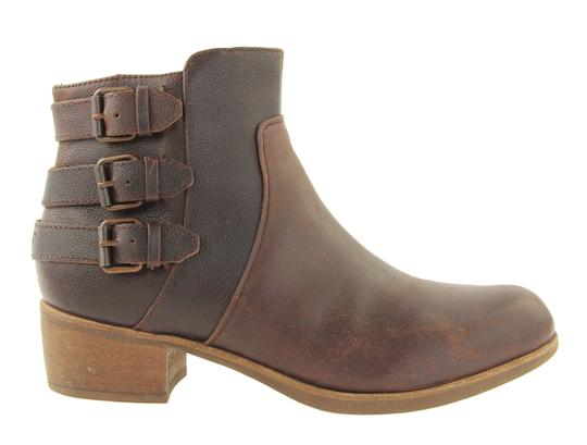 Preload https://img-static.tradesy.com/item/24009140/ugg-australia-brown-buckle-short-bootsbooties-size-us-9-regular-m-b-0-2-540-540.jpg