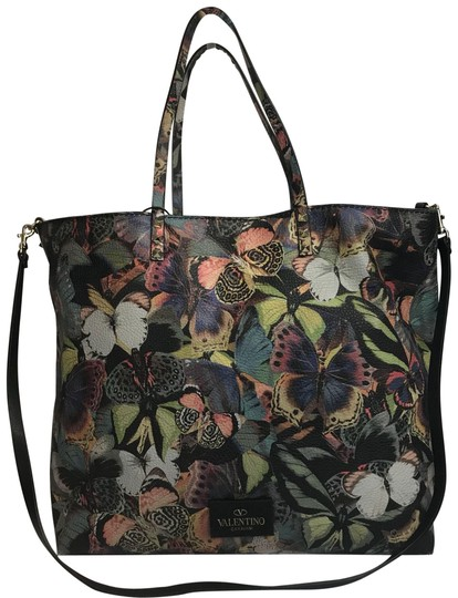 Preload https://item2.tradesy.com/images/valentino-butterfly-camouflage-rockstud-leather-tote-24009161-0-1.jpg?width=440&height=440