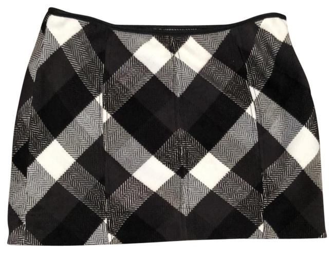 Preload https://item4.tradesy.com/images/free-people-black-and-white-rn-66170-miniskirt-size-4-s-27-24009253-0-1.jpg?width=400&height=650