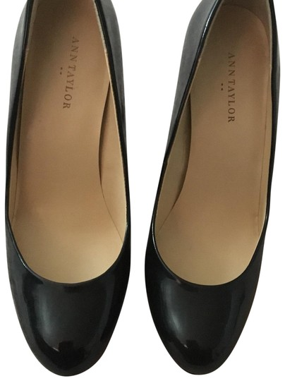 Preload https://img-static.tradesy.com/item/24009384/ann-taylor-black-123445-pumps-size-us-75-regular-m-b-0-1-540-540.jpg
