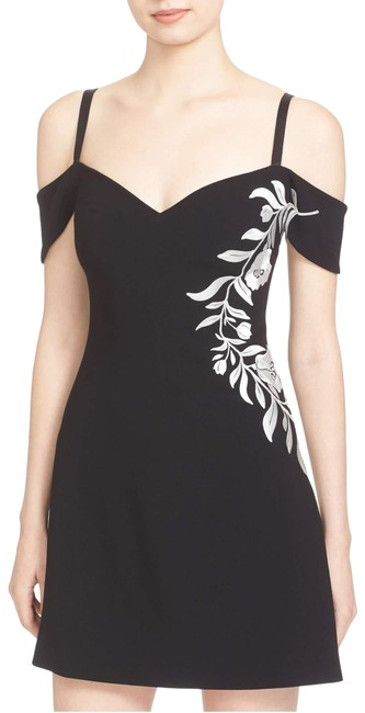 Preload https://img-static.tradesy.com/item/24009417/cinq-a-sept-black-larkin-embroidered-off-the-shoulder-zd2011319z-sz6-short-cocktail-dress-size-6-s-0-1-650-650.jpg