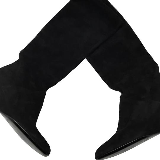 Preload https://img-static.tradesy.com/item/24009531/gucci-black-suede-wedge-bootsbooties-size-us-7-regular-m-b-0-1-540-540.jpg