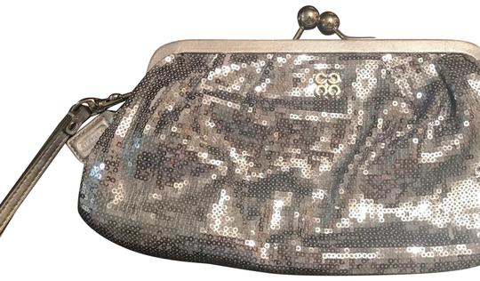 Preload https://item5.tradesy.com/images/coach-44475-silver-wristlet-24009534-0-1.jpg?width=440&height=440
