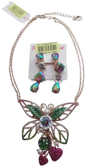 Preload https://item3.tradesy.com/images/betsey-johnson-hot-pink-new-butterfly-necklace-and-earrings-24009557-0-2.jpg?width=440&height=440