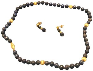 Unknown Lapis & Gold Bead Necklace