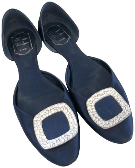 Preload https://item5.tradesy.com/images/roger-vivier-navy-chips-strass-crystal-buckle-d-orsay-flats-size-us-11-narrow-aa-n-24009634-0-1.jpg?width=440&height=440