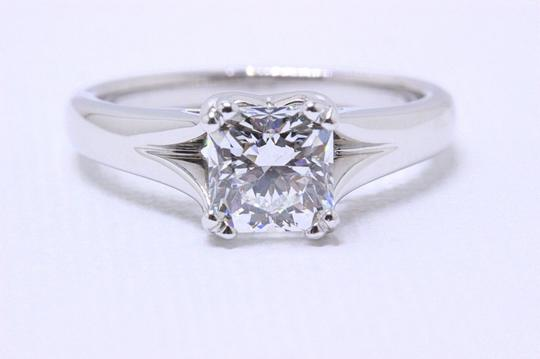 Preload https://item2.tradesy.com/images/hearts-on-fire-d-platinum-diamond-dream-square-cut-113cts-si1-engagement-ring-24009641-0-0.jpg?width=440&height=440