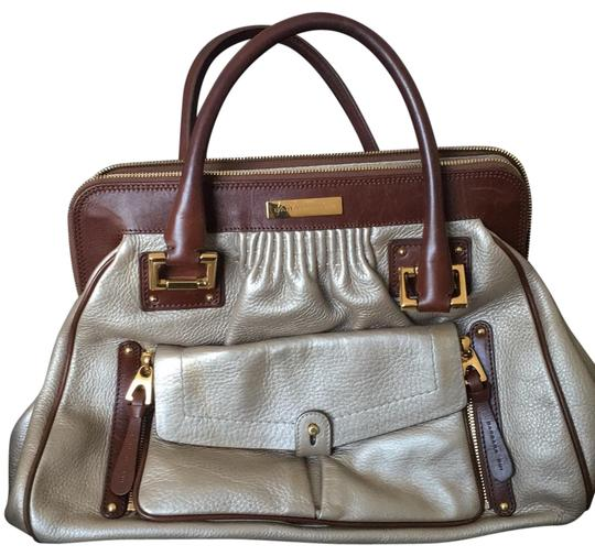 Preload https://img-static.tradesy.com/item/24009674/barbara-bui-a-bronce-label-with-a-little-scratch-light-gold-and-brown-leather-satchel-0-1-540-540.jpg