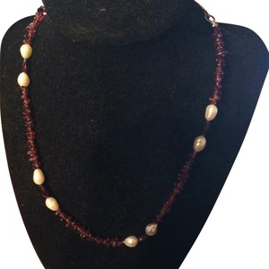 Vintage garnet and pearl necklace