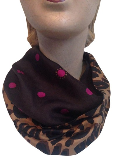 Preload https://item1.tradesy.com/images/louis-vuitton-pink-polkadotleopard-print-dots-silk-snood-scarfwrap-24009690-0-1.jpg?width=440&height=440