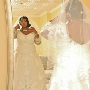 Casablanca Ivory Lace and Beads Gown Formal Wedding Dress Size 18 (XL, Plus 0x)