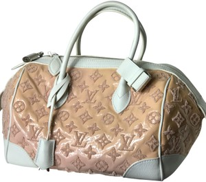 Louis Vuitton Satchel in rose