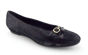 Munro American Hidden Wedge Ballerina Josie Buckle Black Flats