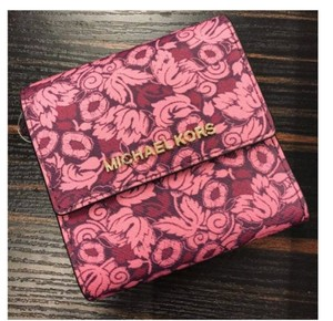 Michael Kors Michael Kors Small Trifold Wallet Card Case Carryall Jet set travel