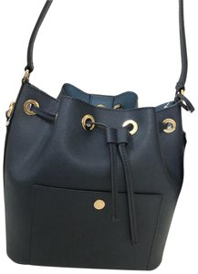 3db41908501a Michael Kors Greenwich Collection - Up to 90% off at Tradesy