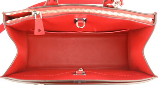 Louis Vuitton Tote Leather Satchel in Red