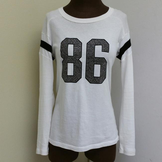 Item - Sequins White / Navy Blue Sweater