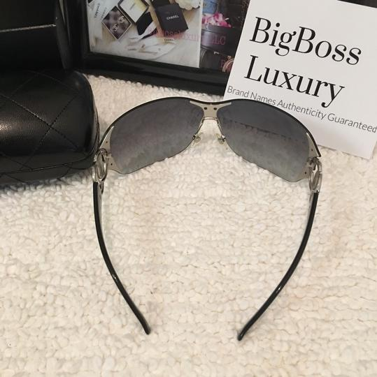 Chanel large CC logo accents rimless dark blue two tones Image 3