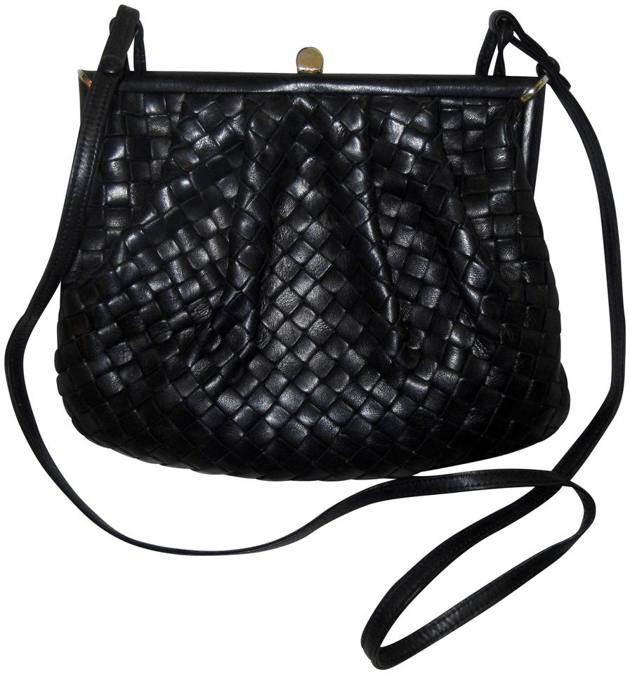e1561f02d55f Bottega Veneta Lambskin Leather Intrecciato Vintage 1970s Black Clutch ...