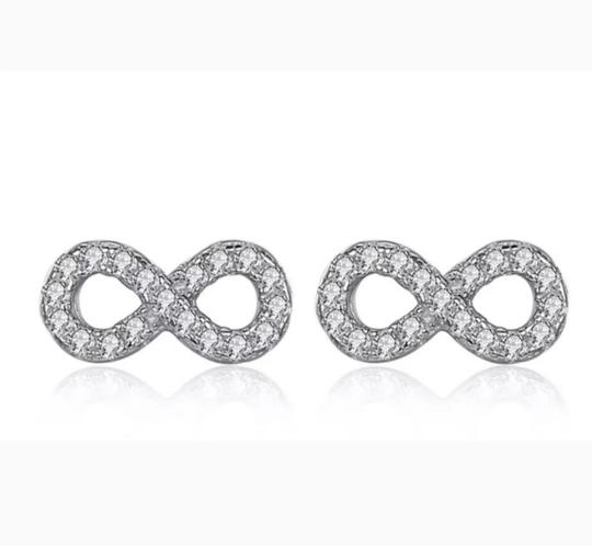 Xquisite by DESYGN INFINITY STUD EARRINGS Image 2