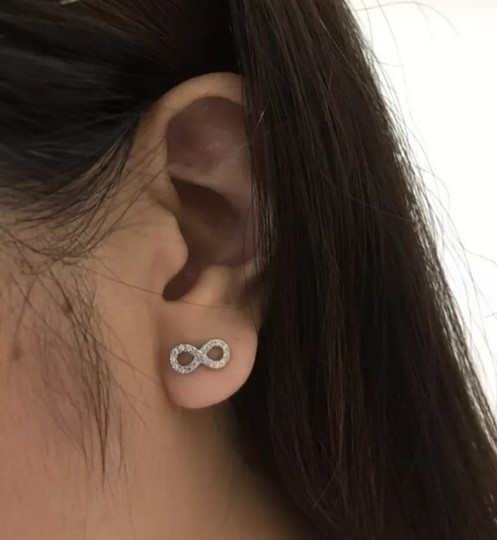 Xquisite by DESYGN INFINITY STUD EARRINGS Image 3