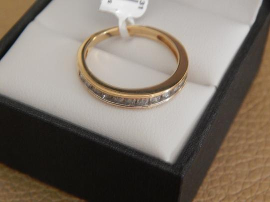 Other New 10k yellow gold 1/2 cttw round diamond size 7 band ring Image 2