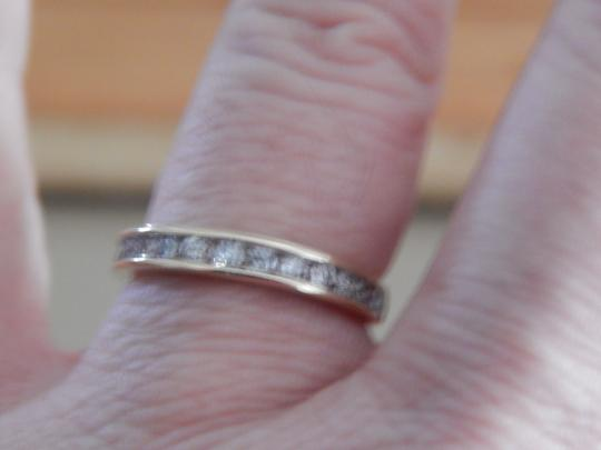 Other New 10k yellow gold 1/2 cttw round diamond size 7 band ring Image 6