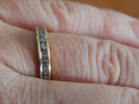 Other New 10k yellow gold 1/2 cttw round diamond size 7 band ring Image 7