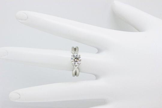 Hearts on Fire H Si1 Twist Round Brilliant Diamond Solitaire Band 1.23 Tcw Engagement Ring Image 4