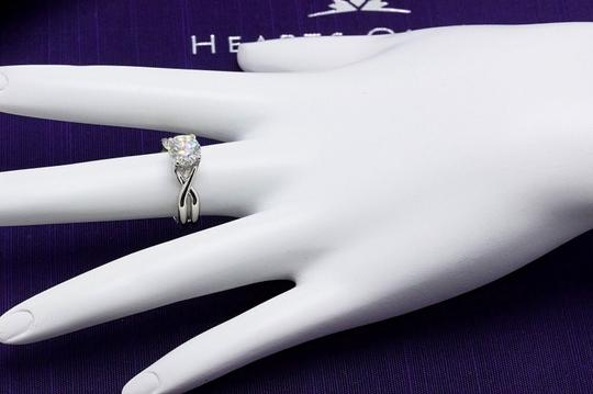 Hearts on Fire H Si1 Twist Round Brilliant Diamond Solitaire Band 1.23 Tcw Engagement Ring Image 8