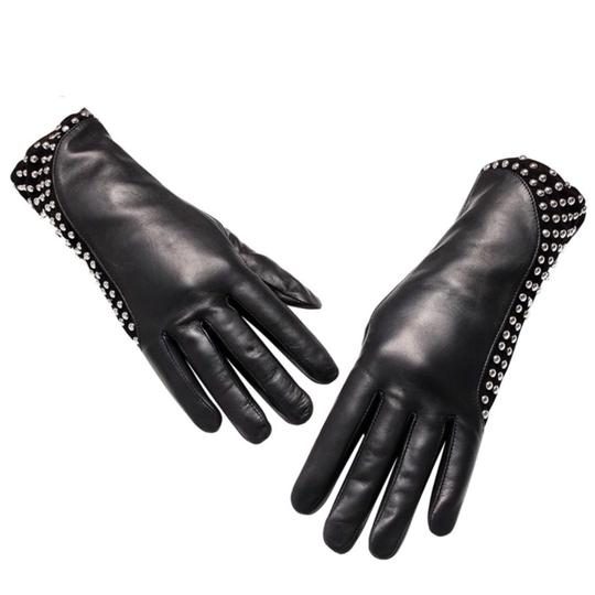 Boutique Collection Leather Stud Cashmere Lined Gloves Size 7 C16 Image 1