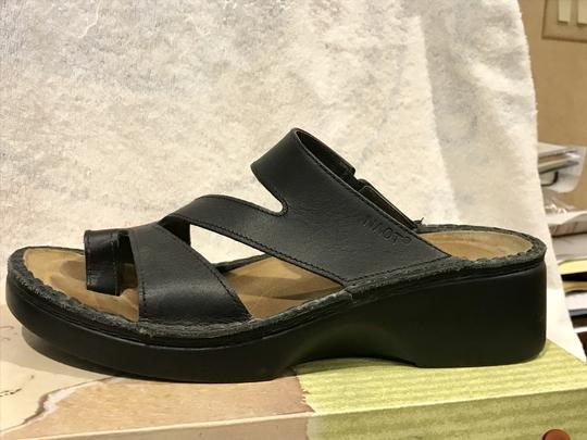 Naot Monterey Leather Size8.5 Black Sandals Image 1