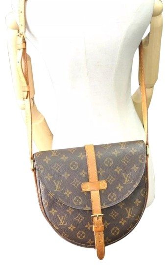 Preload https://item4.tradesy.com/images/louis-vuitton-chantilly-gm-monogram-crossbody-brown-canvas-shoulder-bag-24015483-0-5.jpg?width=440&height=440