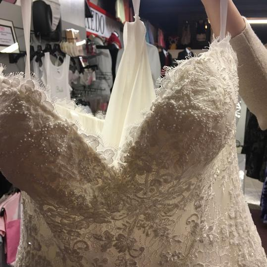 Candle Light Lace Gown Formal Wedding Dress Size 22 (Plus 2x)