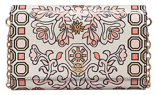Preload https://img-static.tradesy.com/item/24015805/tory-burch-floral-garden-clutch-chain-wallet-patent-leather-cross-body-bag-0-1-540-540.jpg